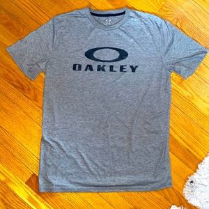 Oakley T-Shirt